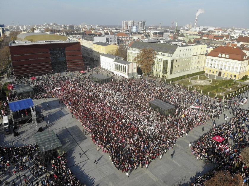 Polacy świętują niepodległość