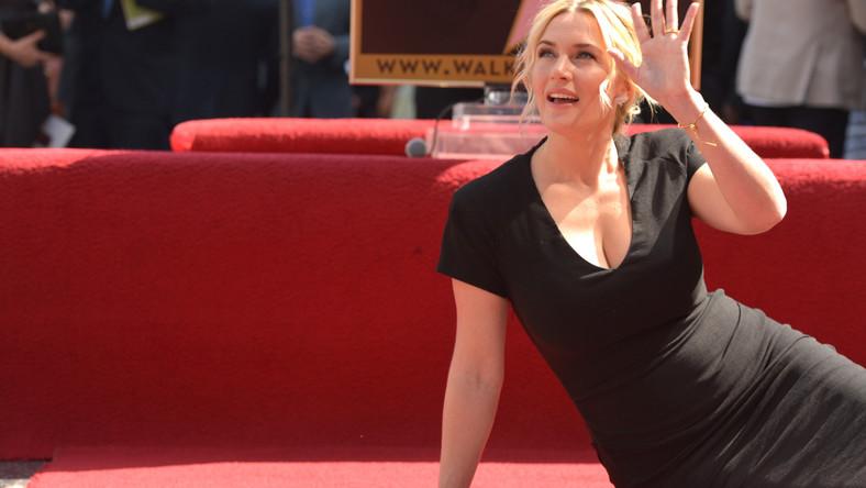 Kate Elizabeth Winslet (rocznik 1975) karierę rozpoczęła od wzięcia udziału w reklamówce płatków śniadaniowych zrealizowanej dla brytyjskiej telewizji. Dziś na koncie ma Oscara, a królowa Elżbieta II uhonorowała ją Komandorią Orderu Imperium Brytyjskiego. Teraz doczekała się własnej gwiazdy w słynnej Alei Sławy w Hollywood. Będzie to 2520 nazwisko wyryte na wieki w granitowym chodniku w Kalifornii