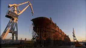 HMAS Canberra - największy okręt w historii Australijskiej Marynarki przyjęty do służby