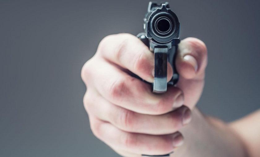 To nie była petarda! To policjant postrzelił 50-latka