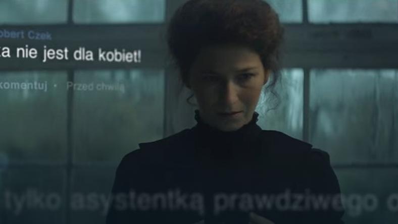 Co by było, gdyby Maria Skłodowska-Curie miała Facebooka? Miałaby bardzo pod górkę