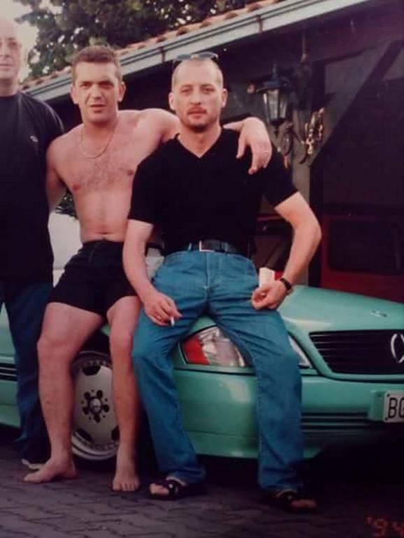 Žestoki momak devedesetih: Zoran Jotić Jotka (prvi s leva)
