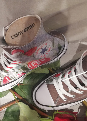 Spersonalizuj swoje trampki w nowym sklepie Converse