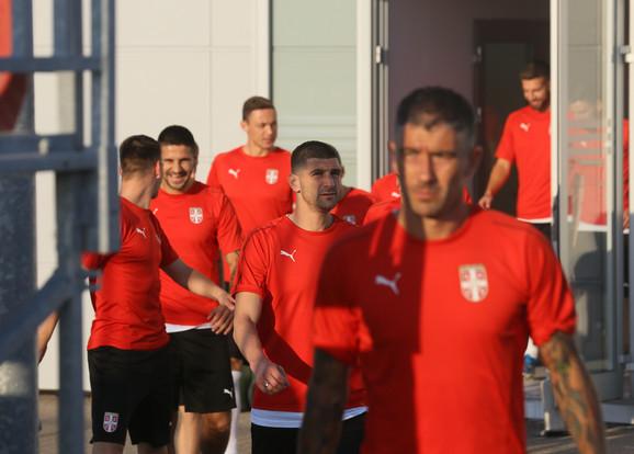 Okupljanje fudbalera Srbije u Staroj Pazovi