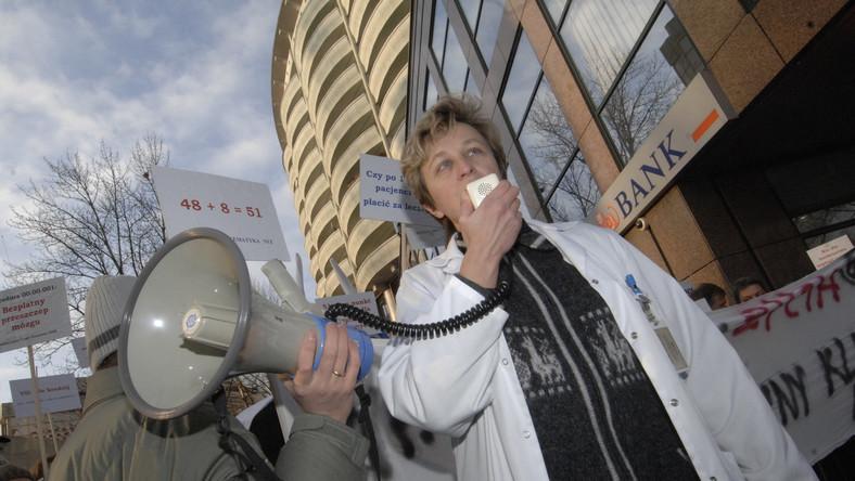 Lekarze protestują przeciwko polityce NFZ
