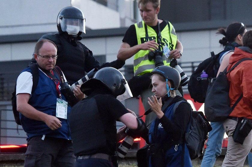 Polowanie na dziennikarzy w Mińsku. OMON zaatakował i pobił ekipę BBC