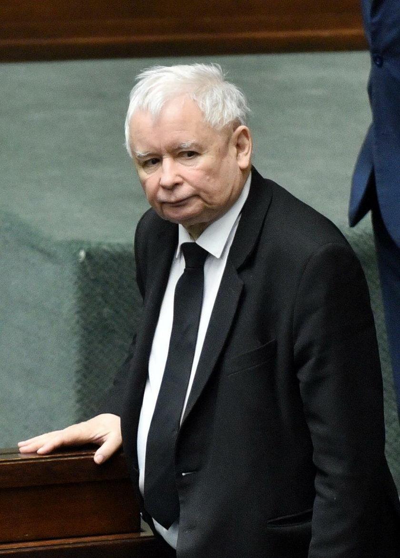 Politycy PiS bronią prezesa Kaczyńskiego