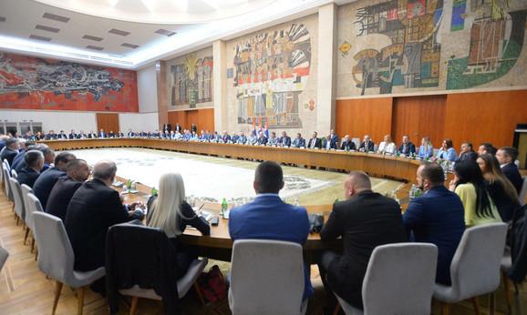 Predstavnici Srba sa KiM na sastanku sa Vučićem