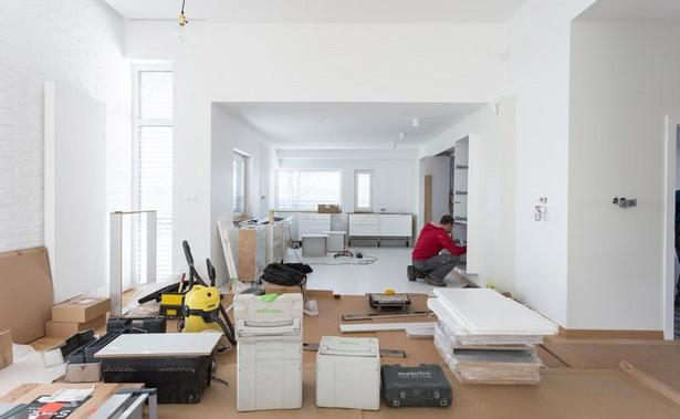 Usługi budowlańców w Polsce drożeją szybciej niż w innych krajach UE