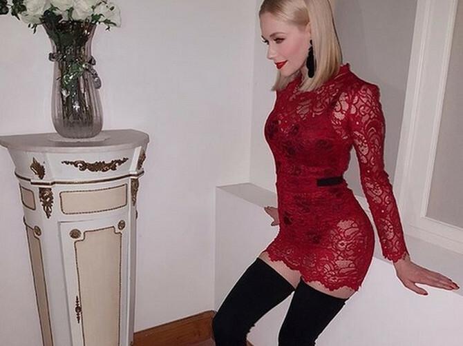 Uvek je u SUPER TESNIM HALJINICAMA, a sada se pohvalila sa DVA PAPRENO SKUPA KOMADA koja su sve samo ne seksi: Ipak, izgleda BRUTALNO DOBRO!