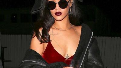 Rihanna est trop occupée à essayer de sauver le monde au lieu nous faire un album