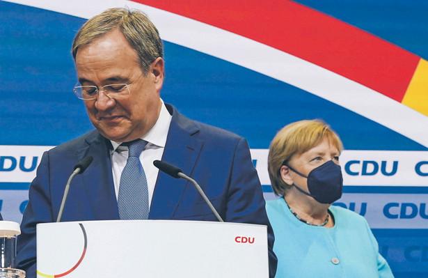 Armin Laschet i Angela Merkel w dniu wyborów