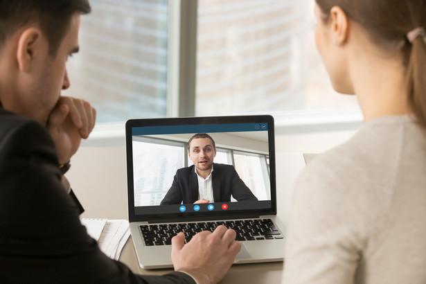 Rozmowa rekrutacyjna online
