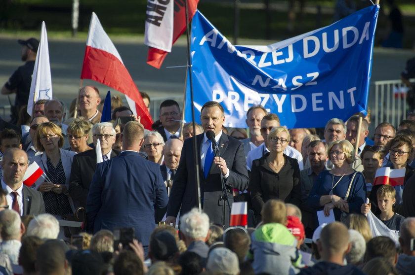 PiS obawia się szerokiego obozu poparcia prezydenta