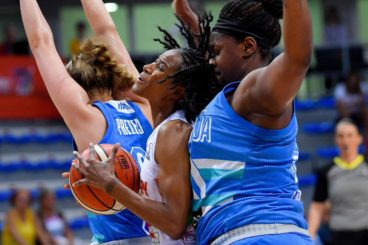 Ženska košarkaška reprezentacija Slovenije, Mađarske