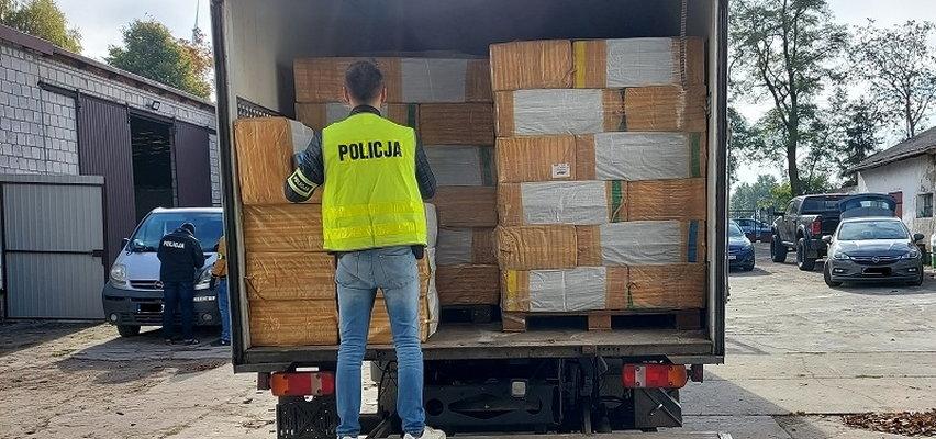 Pseudokibice chcieli przejąć nielegalny tytoń za 25 milionów. Wpadli w ręce policji