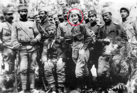 Punih 27 dana pešačili su ka Solunskom frontu, odlučni da pomognu u presudnoj bici, među njima i Ljubica Čakarević