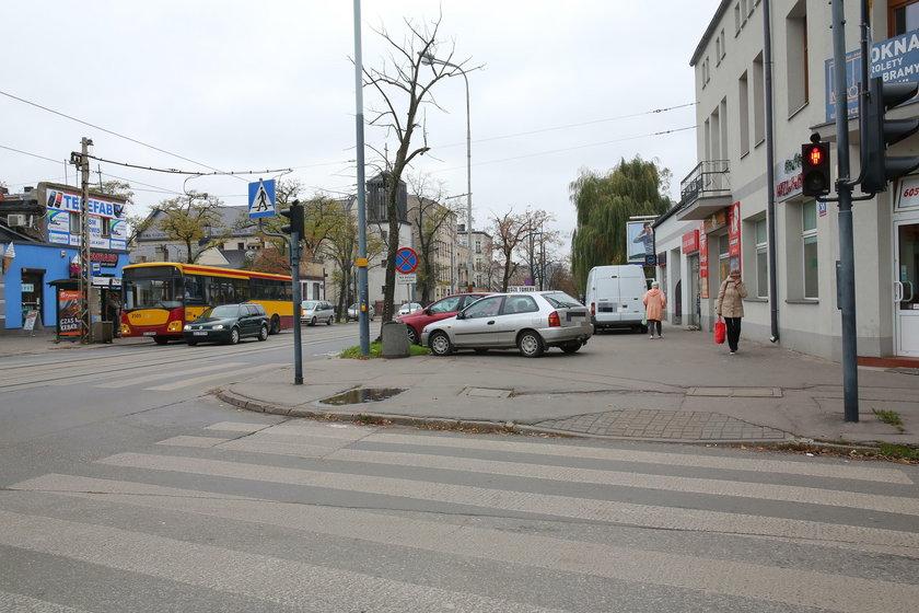 Parkingowy absurd na Rzgowskiej