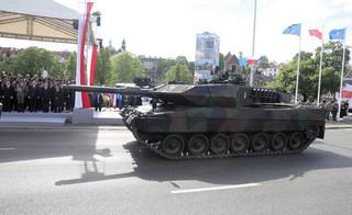 Polskie czołgi wjechały na minę. Nie ma szans na wyremontowanie Leopardów do końca 2020 r.
