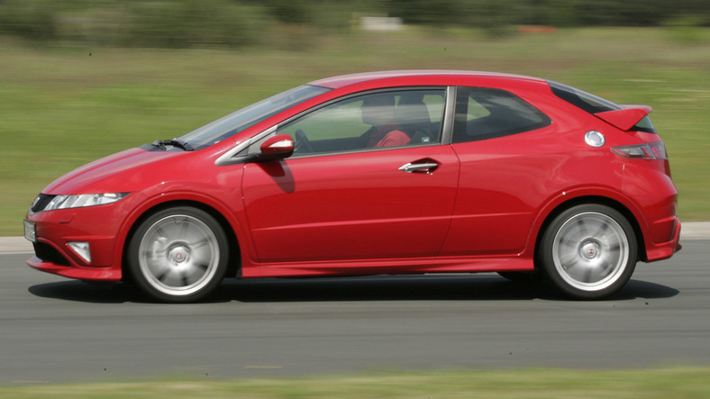 Honda Civic Type-R (2007-10) - od 35 000 zł
