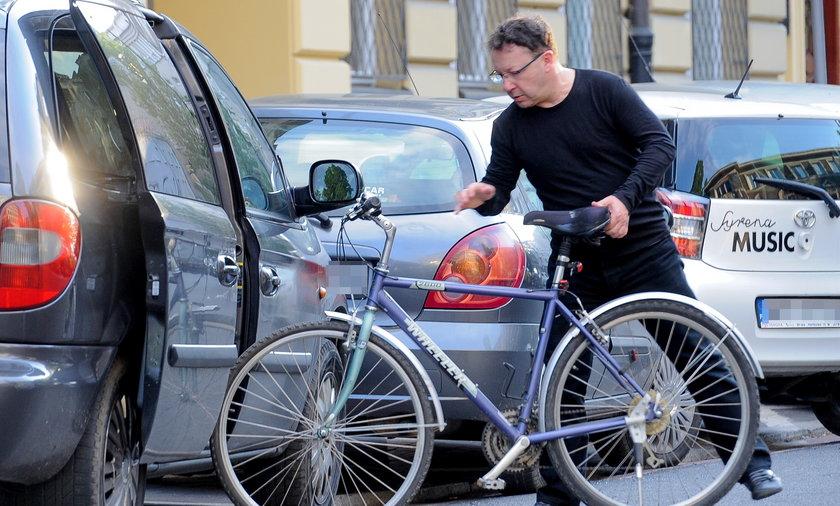 Zbigniew Zamachowski na rowerze