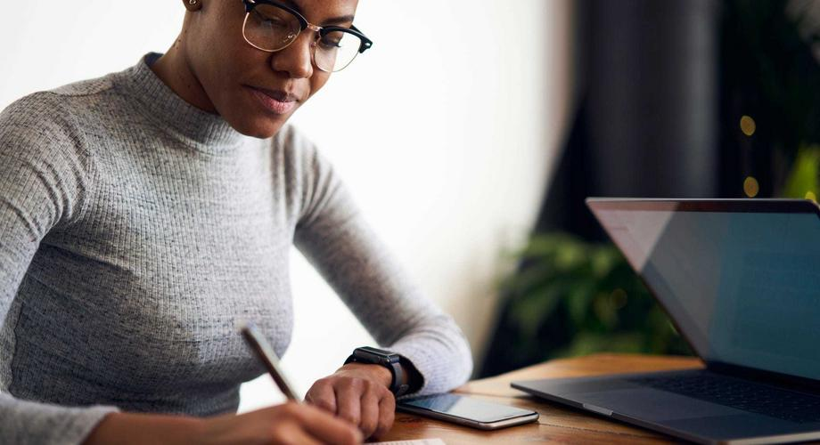 14 Easy Ways to Make Extra Money at Home. (courtesy)