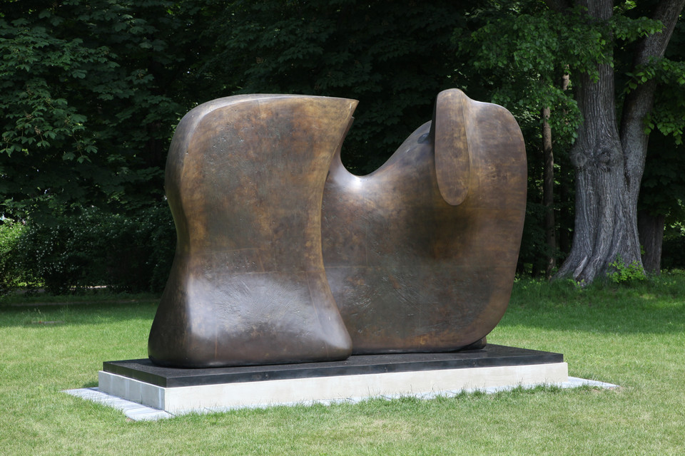 Moc natury. Henry Moore w Polsce