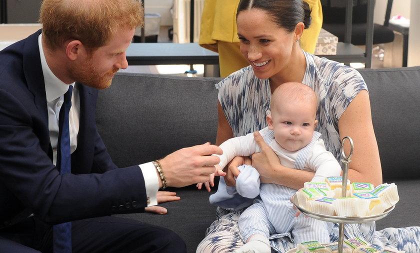 Meghan i Harry planowali poród w domu