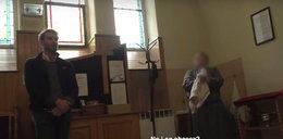 Zdjęcie księdza oskarżonego o pedofilię trzymali w domu jak relikwie. Dziennikarka zabrała głos