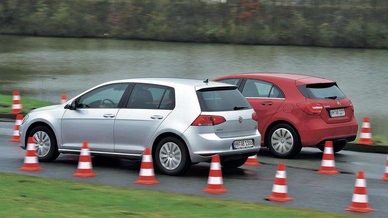 Jeśli chodzi o napęd, to oba auta wypadają  bardzo dobrze – w zasadzie prezentują  poziom nowych samochodów