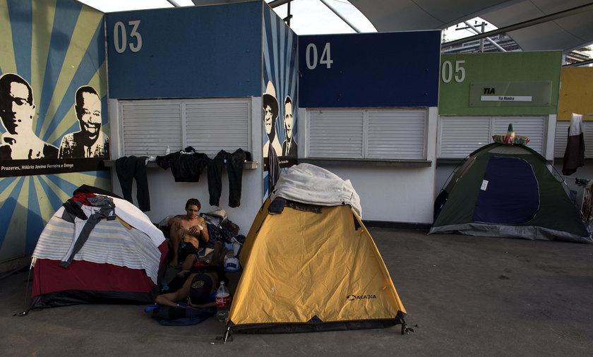 Planujesz wyjazd na mundial 2022. Będziesz spać w namiocie!