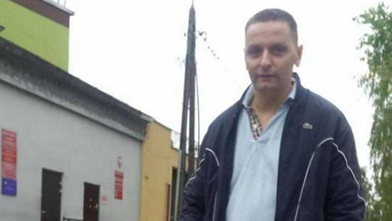 Maciek Dobrowolski tuż po wyjściu z aresztu