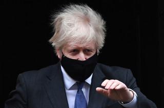 Boris Johnson: Nowy typ koronawirusa może powodować wzrost liczby zgonów