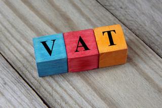 Dlaczego podatnicy nie chcą składać deklaracji VAT w formie elektronicznej?