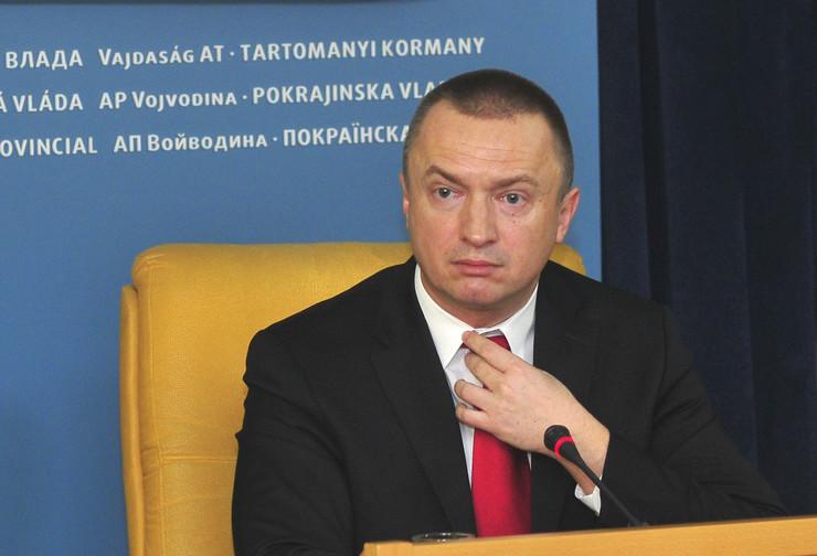 Novi Sad327 Bojan Pajtic press povodom pisanja medija foto Robert Getel