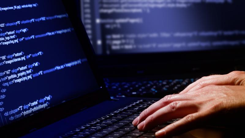 """""""Gazeta Polska Codziennie"""": urzędy bez ochrony przed hakerami"""