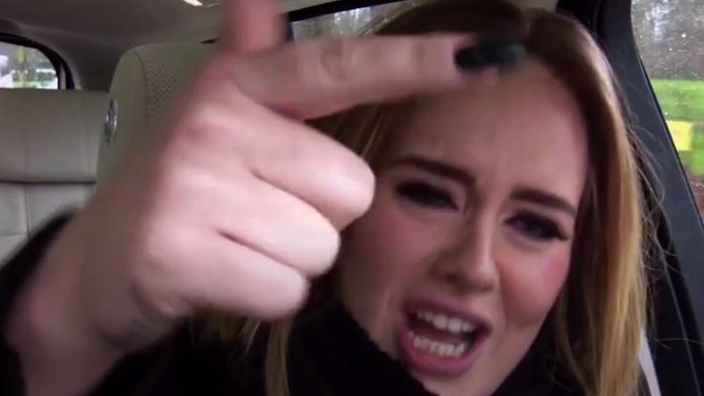 """Adele w """"The Late Late Show"""" ujawniła swoje zdolności raperskie"""