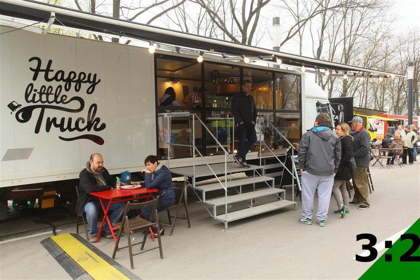 Zlot Food Trucków w M1