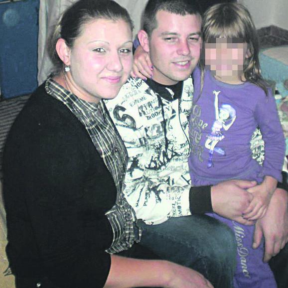 Prvo je suprugu udarao sekirom po glavi, pa davio, a povredio je i ćerku: Milena i Goran Glišić sa ćerkom