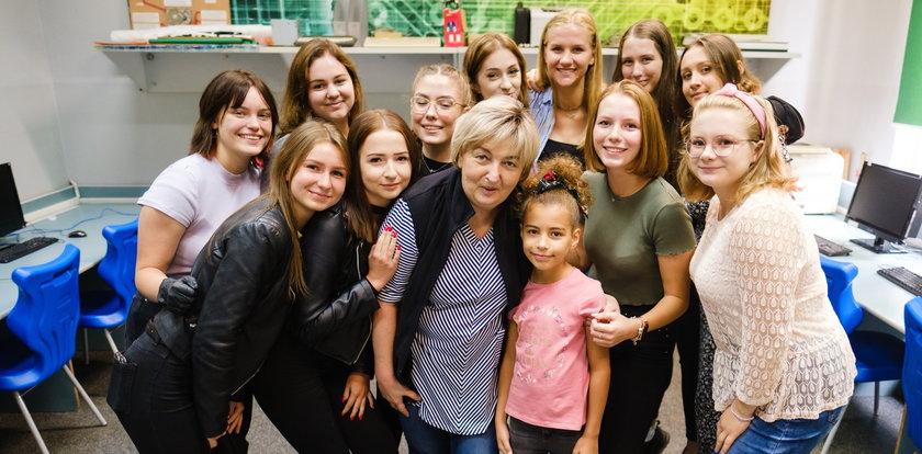 Mickiewicz dla Eli. Uczniowie walczą o zdrowie swoje nauczycielki