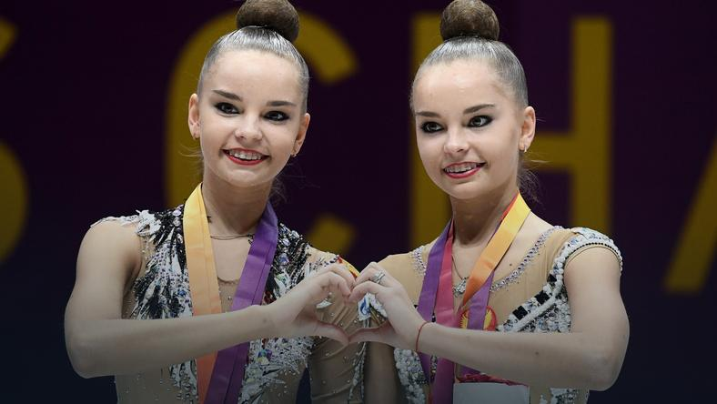 Arina Awierina (z lewej) i Dina Awierina