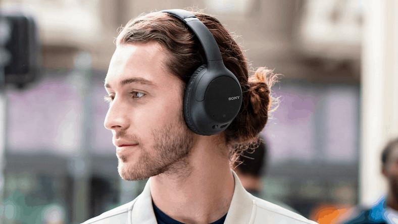 Sony wprowadza na rynek nowe słuchawki douszne oraz nauszne