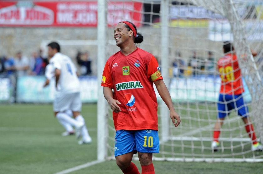 Ronaldinho, Ryan Giggs i Paul Scholes zagrają w indyjskiej lidze futsalu