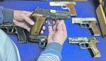 KAKVA JE SUDBINA VRAĆENOG LIČNOG NAORUŽANJA Na pomolu VELIKA SEOBA oružja iz Srpske u Federaciju BiH
