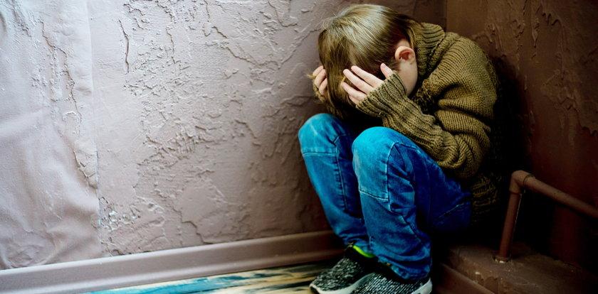 Warszawa. Dramat 9-letniego chłopca. Był molestowany przez sąsiada. Wstrząsająca relacja matki