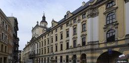 Uniwersytet Wrocławski broni konstytucji