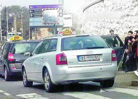 Veliki broj taksi vozila bez TX tablica