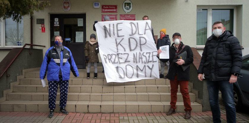 Protest w Lutomiersku. Nie chcą KDP – kolei dużych prędkości
