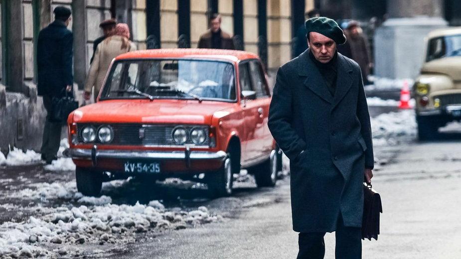 Kadr z filmu Czerwony Pająk