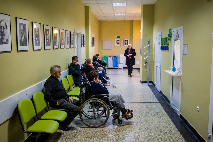 Brakuje na operacje w szpitalu im. W.Degi